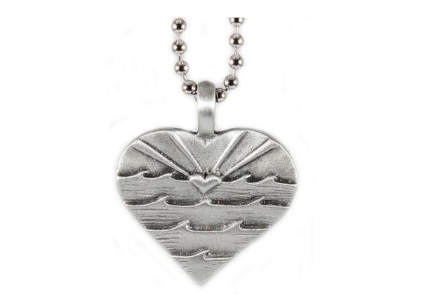 Love Sets Heart Wave Pendant